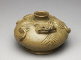 Greenware water pot in the form of a frog (oblique)