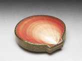 Kōgō, or incense box, made from a Venus shell (EA1956.1801)