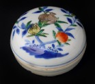 Box and lid with fruit decoration (EA1978.1118)