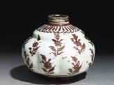 Jar with floral patterning