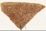 Textile fragment with arabesque vines, trefoils, and leaves (EA1984.66)