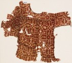 Textile fragment from a child's tunic, with interlacing tendrils and flowers (EA1990.404)