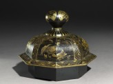 Lid of a lacquered jar