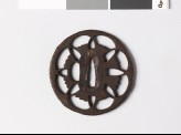 Tsuba with floral device of overlapping petals (EAX.10008)