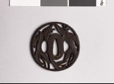 Tsuba with arrowhead leaves and flowers (EAX.10335)