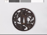 Round tsuba with chrysanthemums and dewdrops (EAX.10389)
