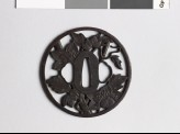 Round tsuba with clematis vine and dewdrops (EAX.10413)