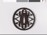Round tsuba with triangles and ovals (EAX.10526)