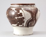 Cizhou type jar with phoenixes