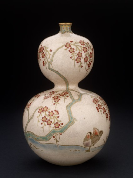 Kyo-Satsuma vase in double-gourd form with mandarin ducks under cherry blossomside