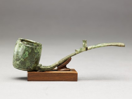 Ritual alcohol ladle with dragonside