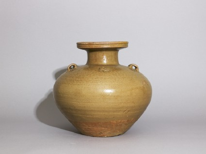 Greenware vase, or hu, with dish-shaped mouthside