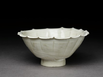 White ware bowl with lobed rimoblique