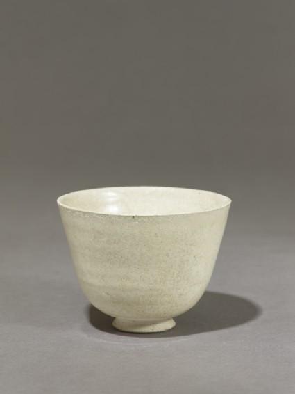 White ware cupoblique