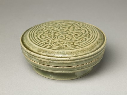 Greenware circular box and lid with floral designoblique