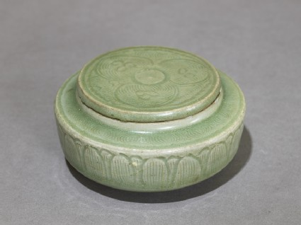 Greenware jar with stylized petalsoblique