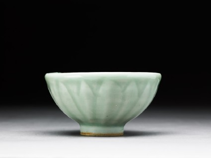 Greenware bowl with lotus petalsside