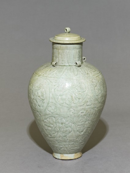Greenware vase with lotus leavesoblique