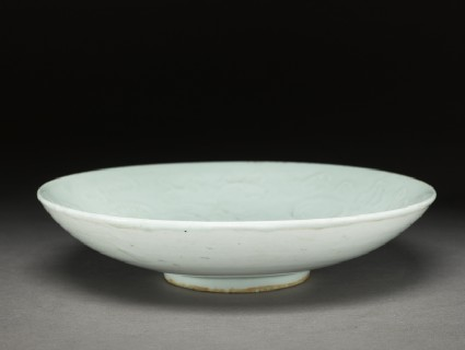 White ware dish with floral decorationoblique