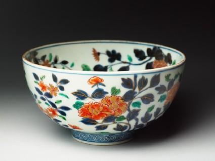 Bowl with chrysanthemum, peony, and peach spraysoblique
