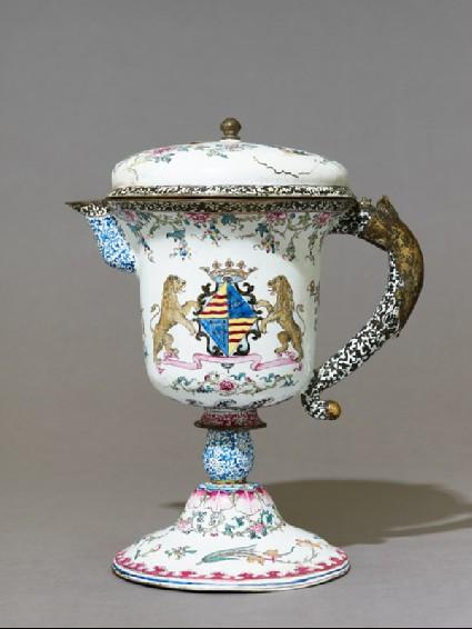 Armorial jug in European shapeside