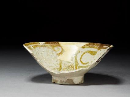 Fragment of a bowloblique