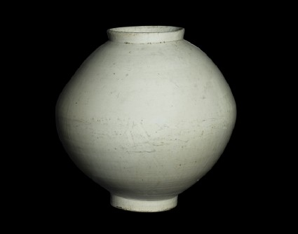 Moon jar with white glazeoblique