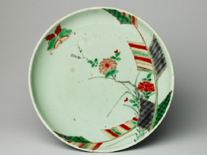 Dish with a butterfly and peony spraytop