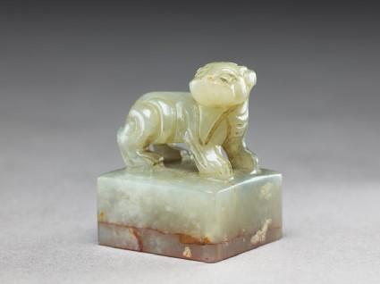 Jade seal surmounted by a Chimeraoblique