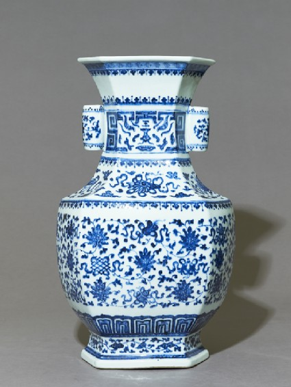 Blue-and-white hexagonal vase with floral decorationside
