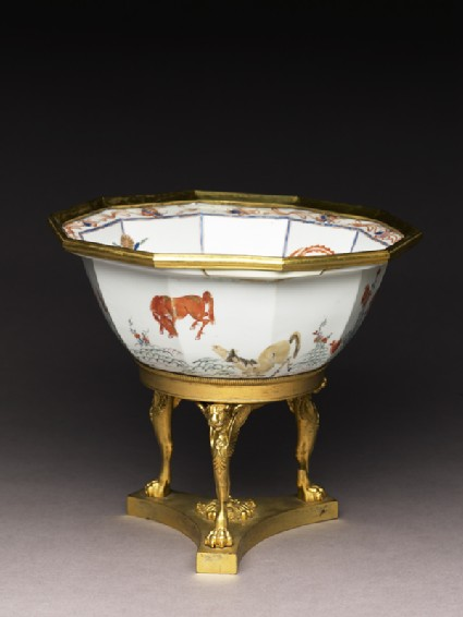 Bowl with horses and English Empire-style mountsoblique, before conservation