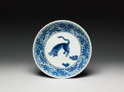 Saucer with tigertop