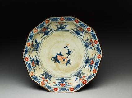 Decagonal plate with prunus and peony flowerstop