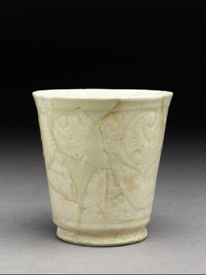Beaker with incised friezeoblique