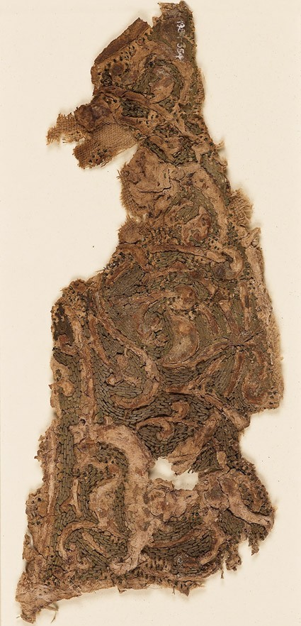 Textile fragment with interlacing vines and an animal, probably a griffinfront