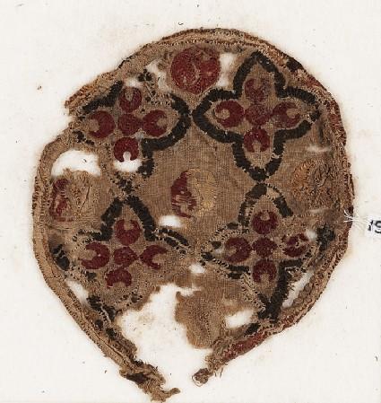 Roundel textile fragment with quatrefoilsfront