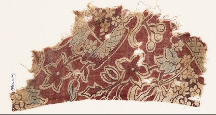 Textile fragment with baskets of flowersfront