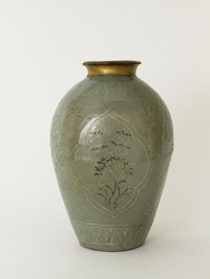 Greenware vase with floral decorationside