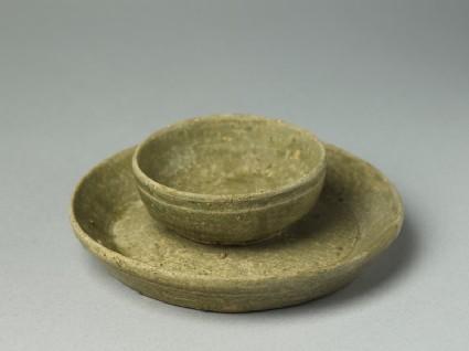 Greenware tray and cupoblique