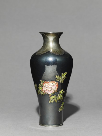 Baluster vase with poppies and tree peoniesside