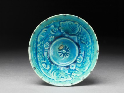 Bowl with animal decorationtop