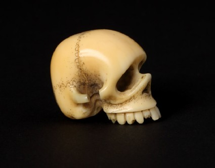 Netsuke in the form of a skullfront