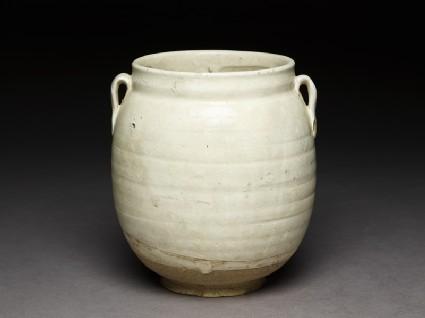 Cizhou type jar with white slipoblique