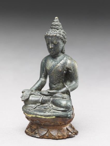 Seated figure of the Buddhaoblique