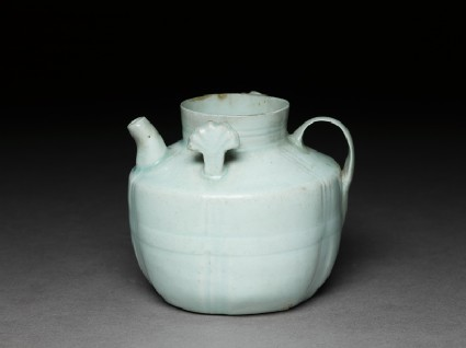 White ware ewer with lugsoblique