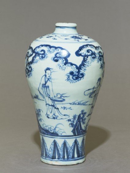 Blue-and-white meiping, or plum blossom, vaseside