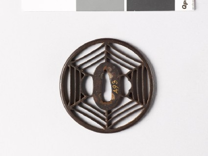 Round tsuba with hexagonal cobwebfront