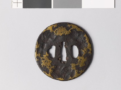 Tsuba with stylized snow decorationfront