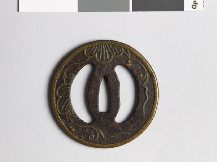 Tsuba with leaves and tendrilsfront
