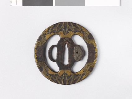 Tsuba with bamboo leaves and semicirclesfront